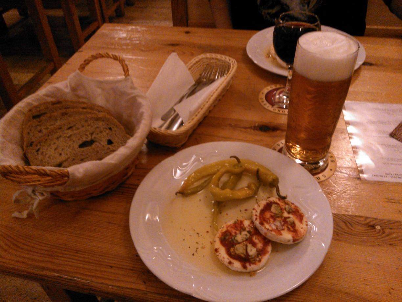Vzpomínka na pivní sýr s beraními rohy v Popradu. Byl delikátní :)